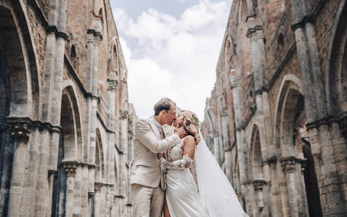 Wedding Film in San Galgano